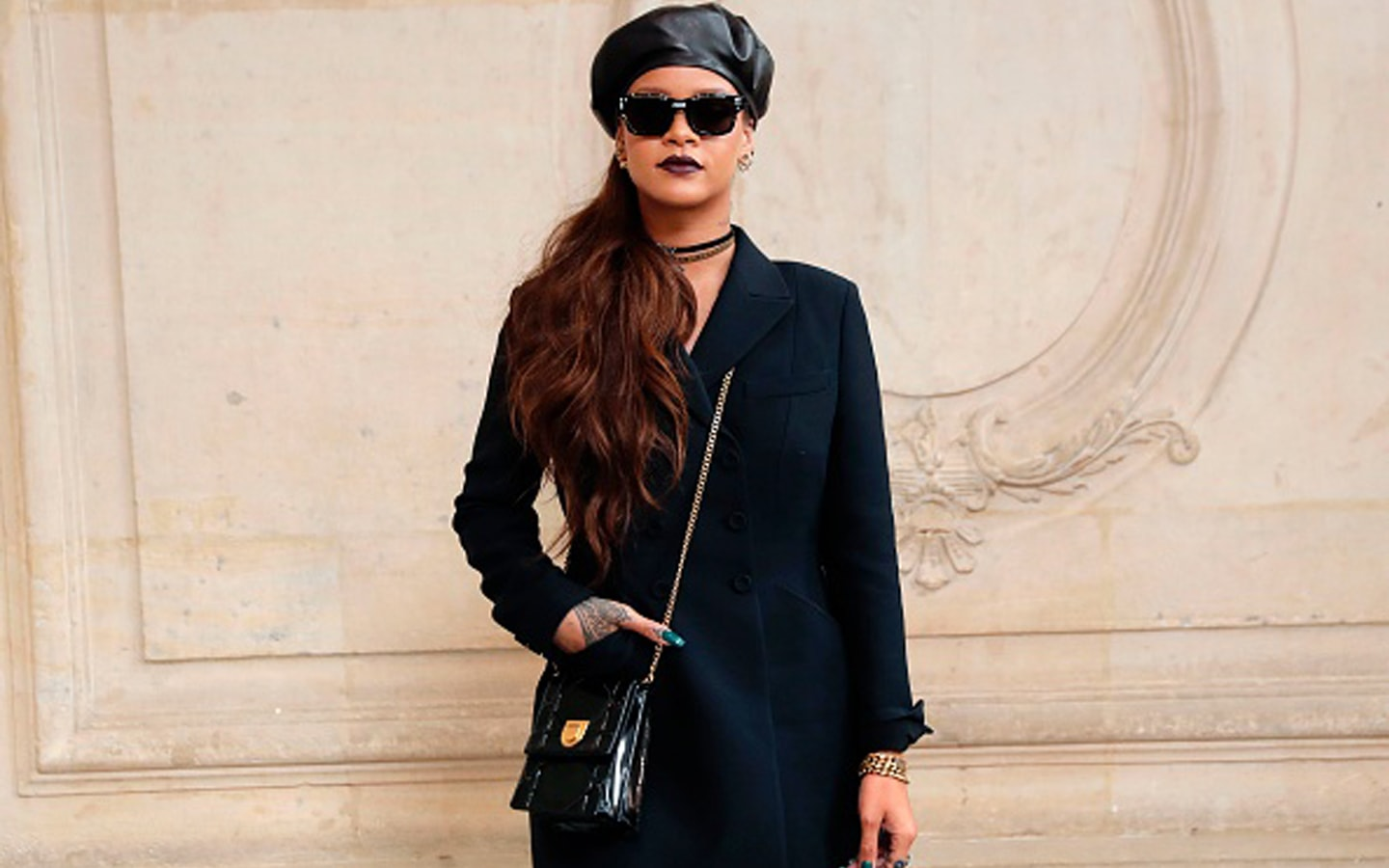 d1a5647832202 You can create total black look