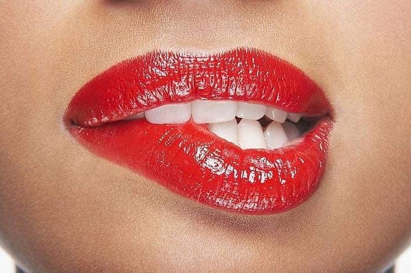 Топ-6 мифов об увеличении губ