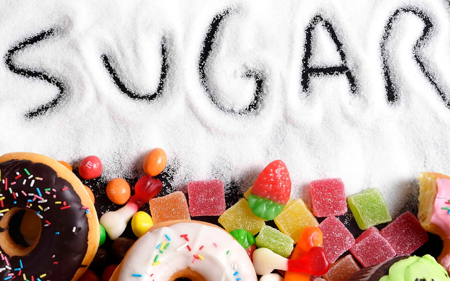 5 reasons to stop eating sugar.